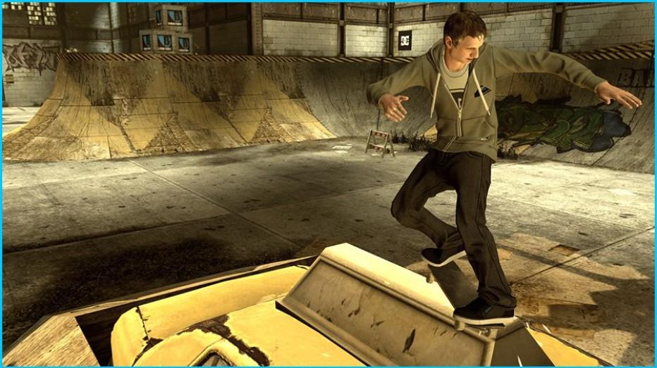 Tony-Hawk-Pro-Skater-HD-Gameplay-Screenshot-3.jpg