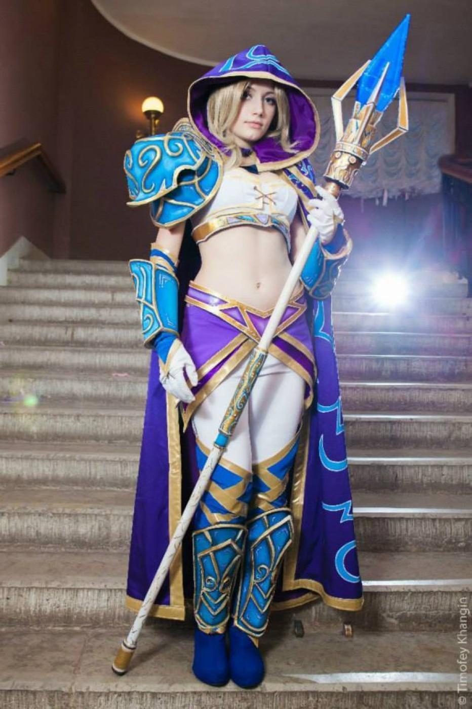 Warcraft-III-Jaina-Proudmoore-Narga-Cosplay-Gamers-Heroes-13.jpg