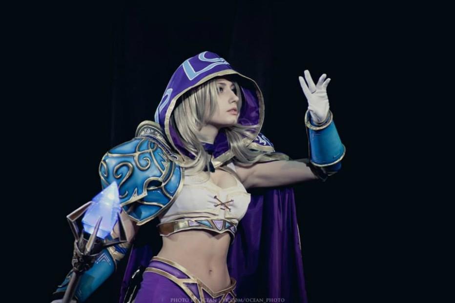 Warcraft-III-Jaina-Proudmoore-Narga-Cosplay-Gamers-Heroes-14.jpg