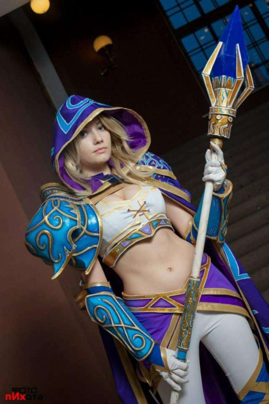 Warcraft-III-Jaina-Proudmoore-Narga-Cosplay-Gamers-Heroes-8.jpg