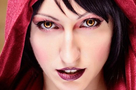 Cosplay Wednesday — Dragon Age's Morrigan