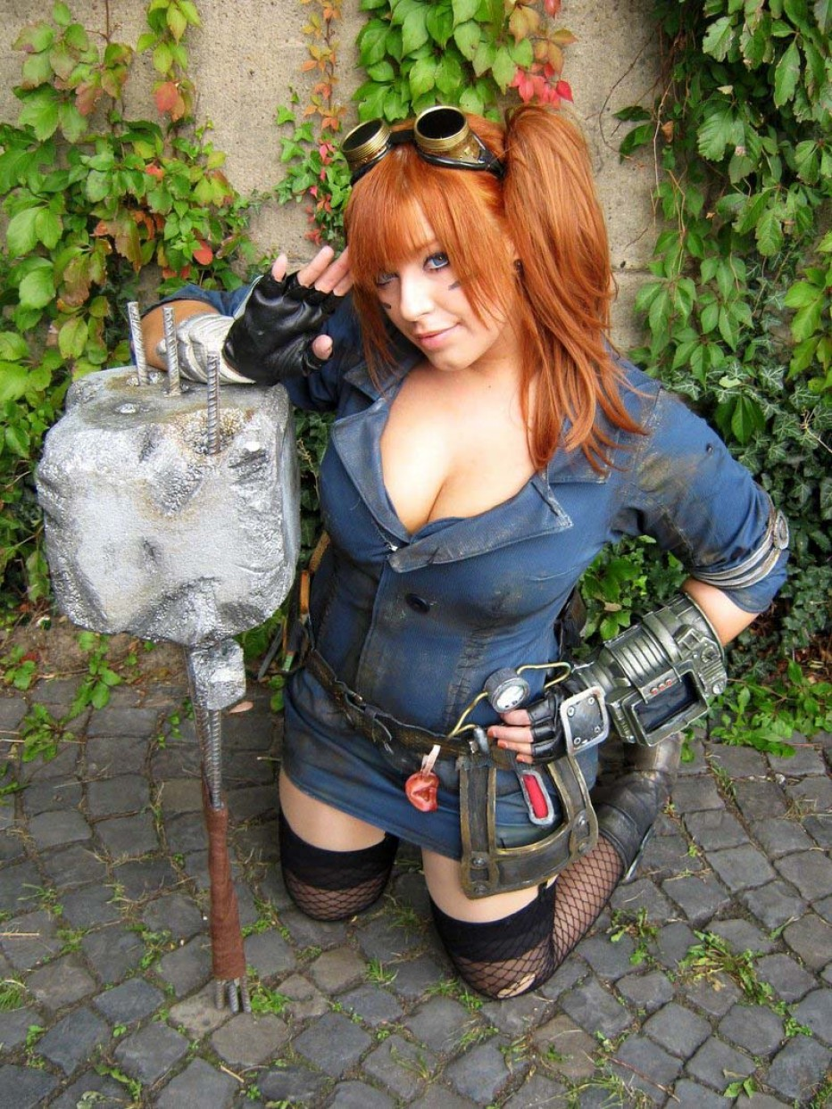Fallout-New-Vegas-Cosplay-Gamers-Heroes-9.jpg