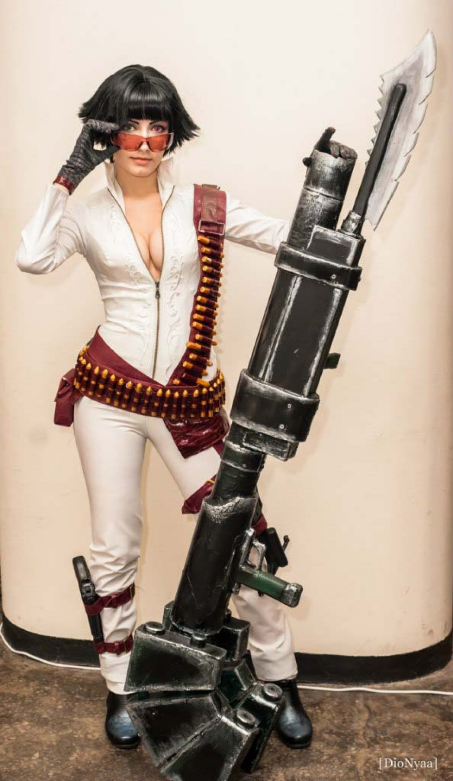 Lady-Devil-May-Cry-Cosplay-Gamers-Heroes-13.jpg