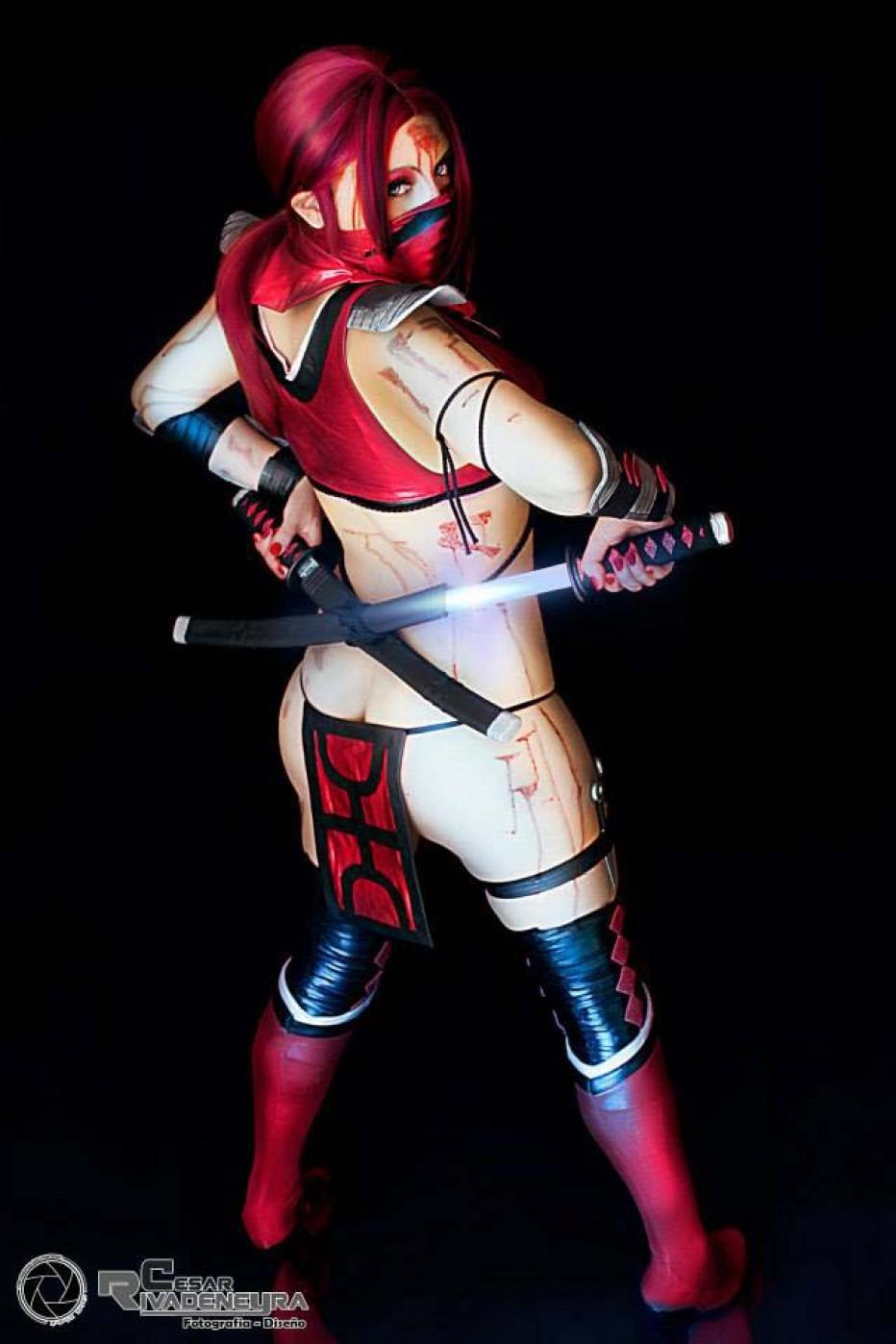 Mortal-Kombat-Skarlet-Cosplay-Gamers-Heroes-10.jpg