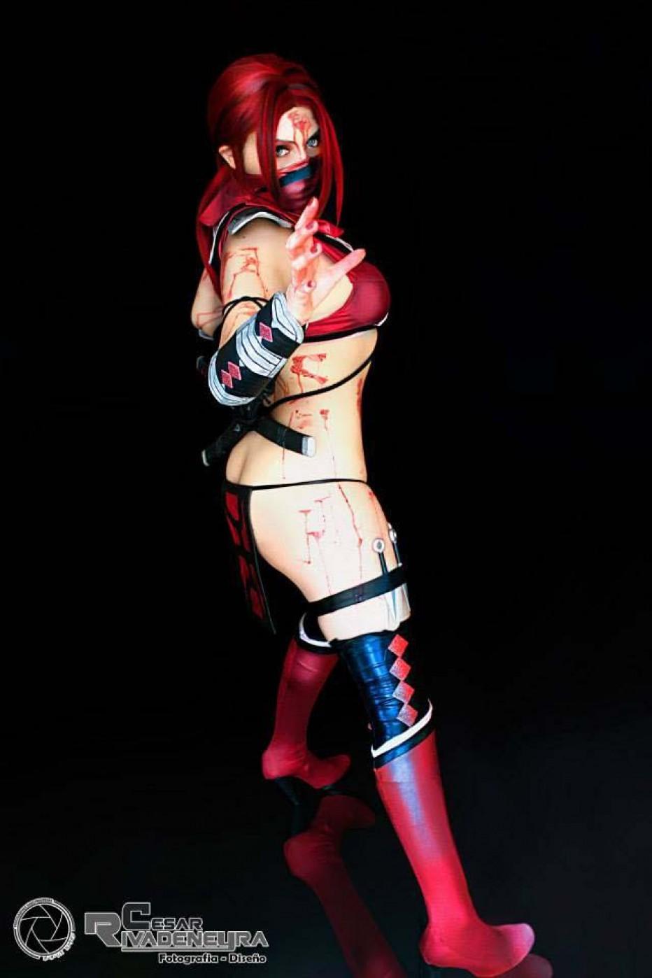 Mortal-Kombat-Skarlet-Cosplay-Gamers-Heroes-12.jpg
