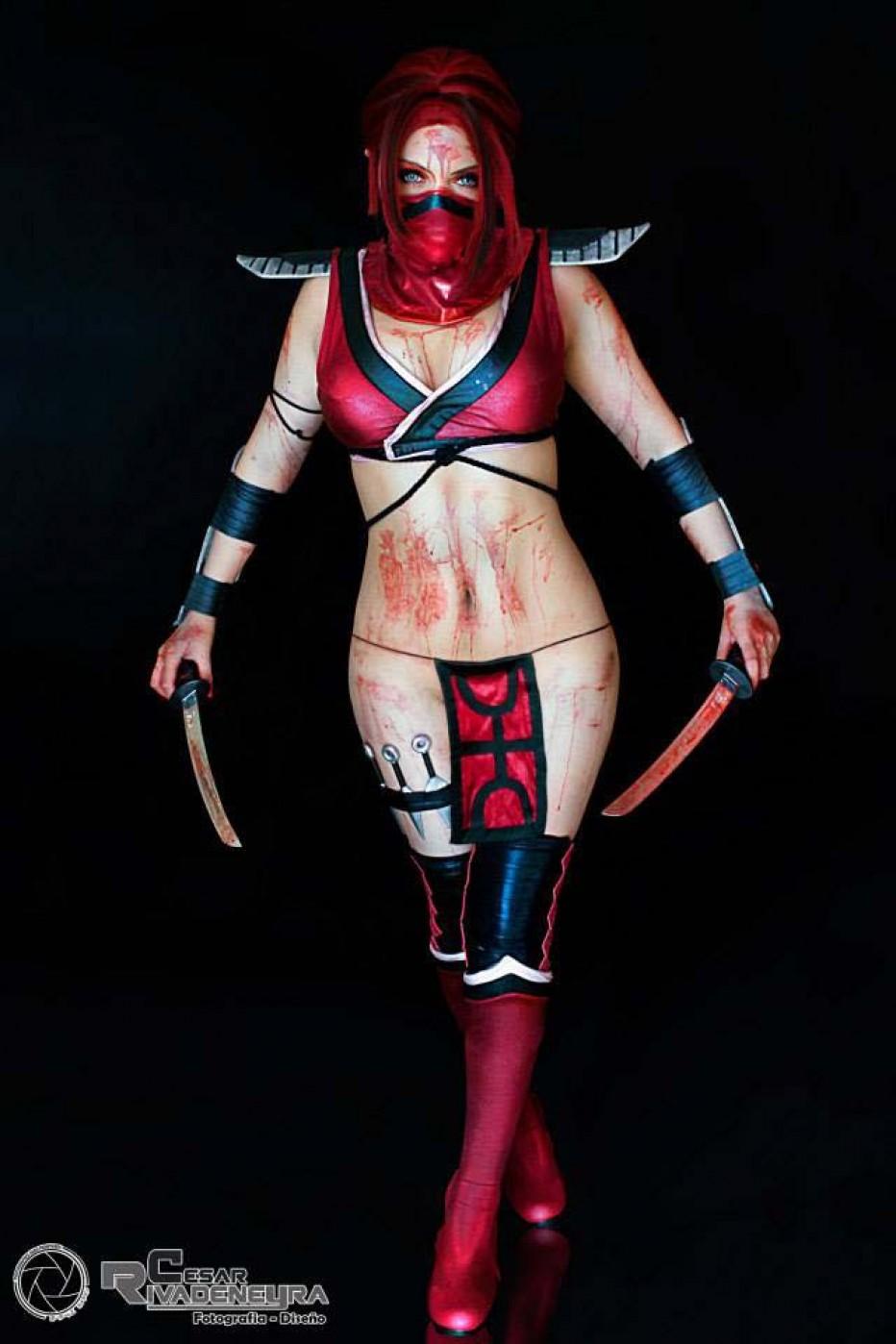 Mortal-Kombat-Skarlet-Cosplay-Gamers-Heroes-3.jpg