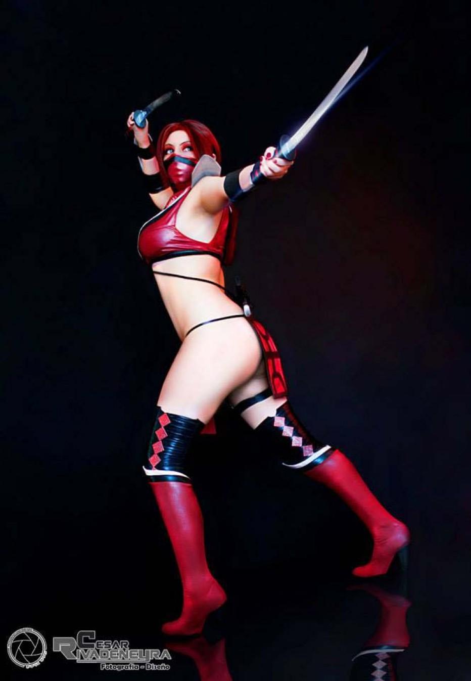 Mortal-Kombat-Skarlet-Cosplay-Gamers-Heroes-4.jpg