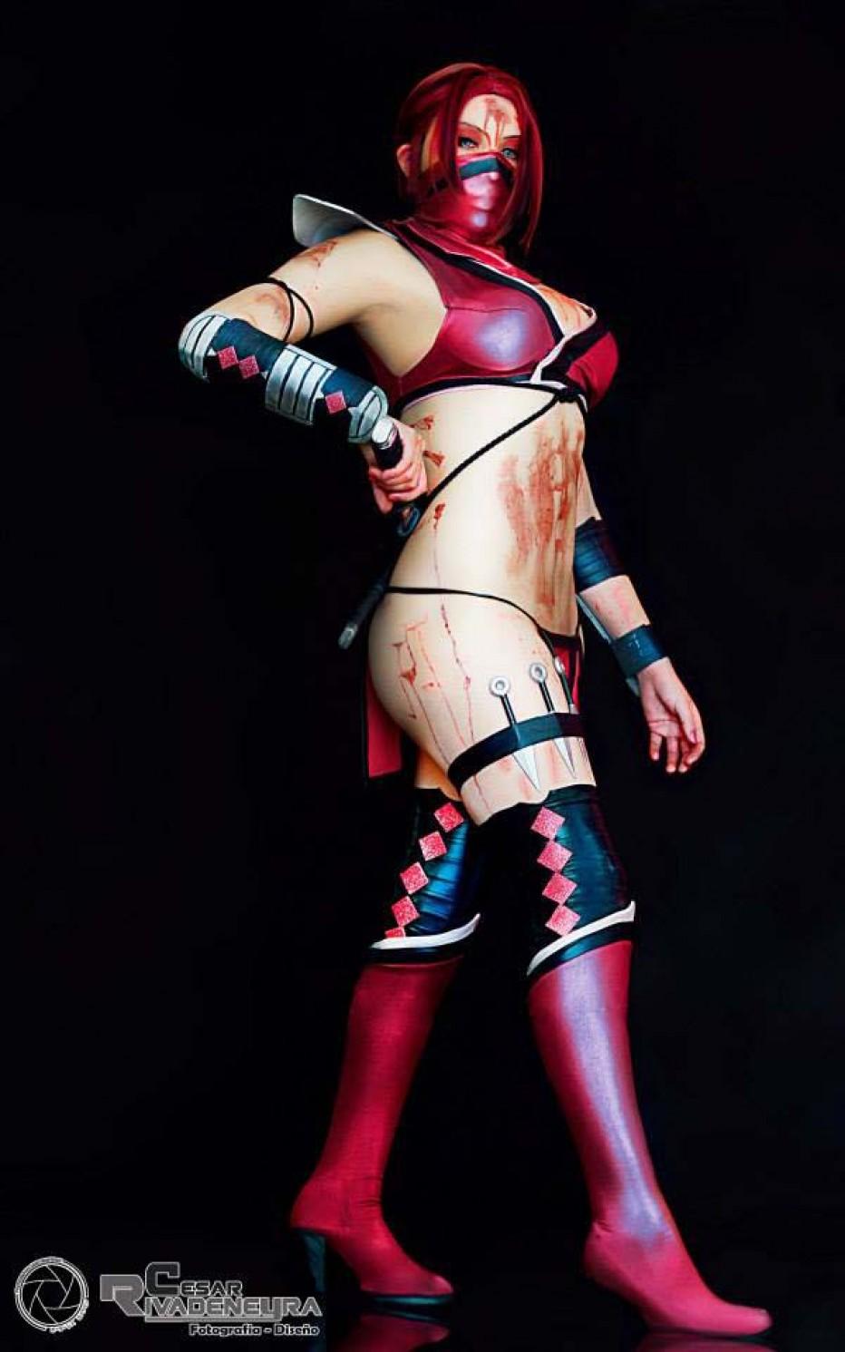 Mortal-Kombat-Skarlet-Cosplay-Gamers-Heroes-9.jpg