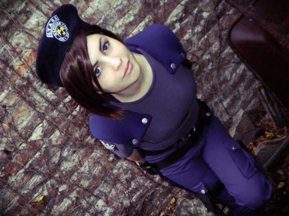 Resident-Evils-Jill-Valentine-Cosplay-Gamers-Heroes-111.jpg