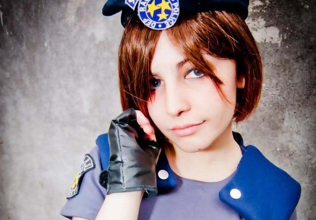 Resident Evil's Jill Valentine Cosplay - Gamers Heroes
