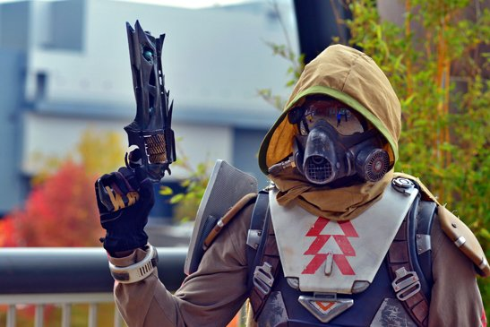 Destiny Hunter Cosplay - Gamers Heroes