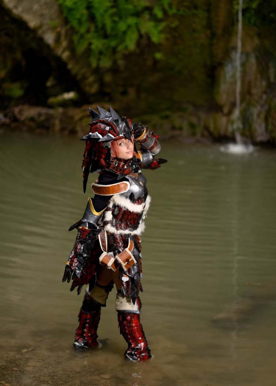 rathalos_monster_hunter_cosplay_by_kickacosplay-d6e74yy.jpg