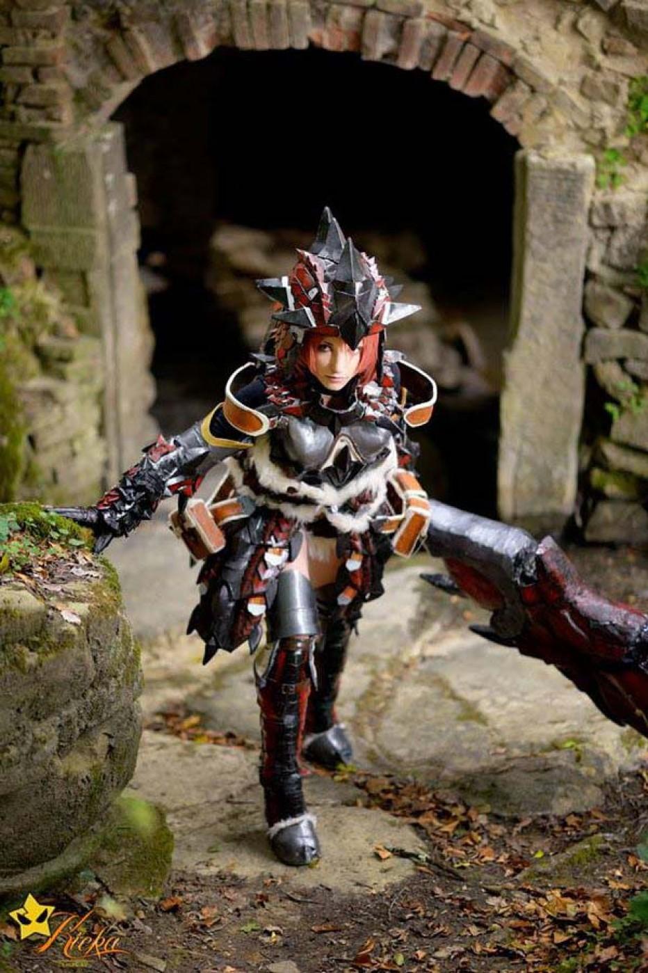 rathalos_monster_hunter_cosplay_by_kickacosplay-d7znx4l.jpg