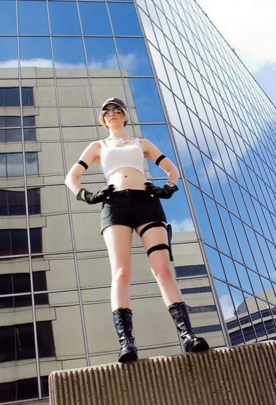 Sonya-Blade-Cosplay-Gamers-Heroes-6.jpg