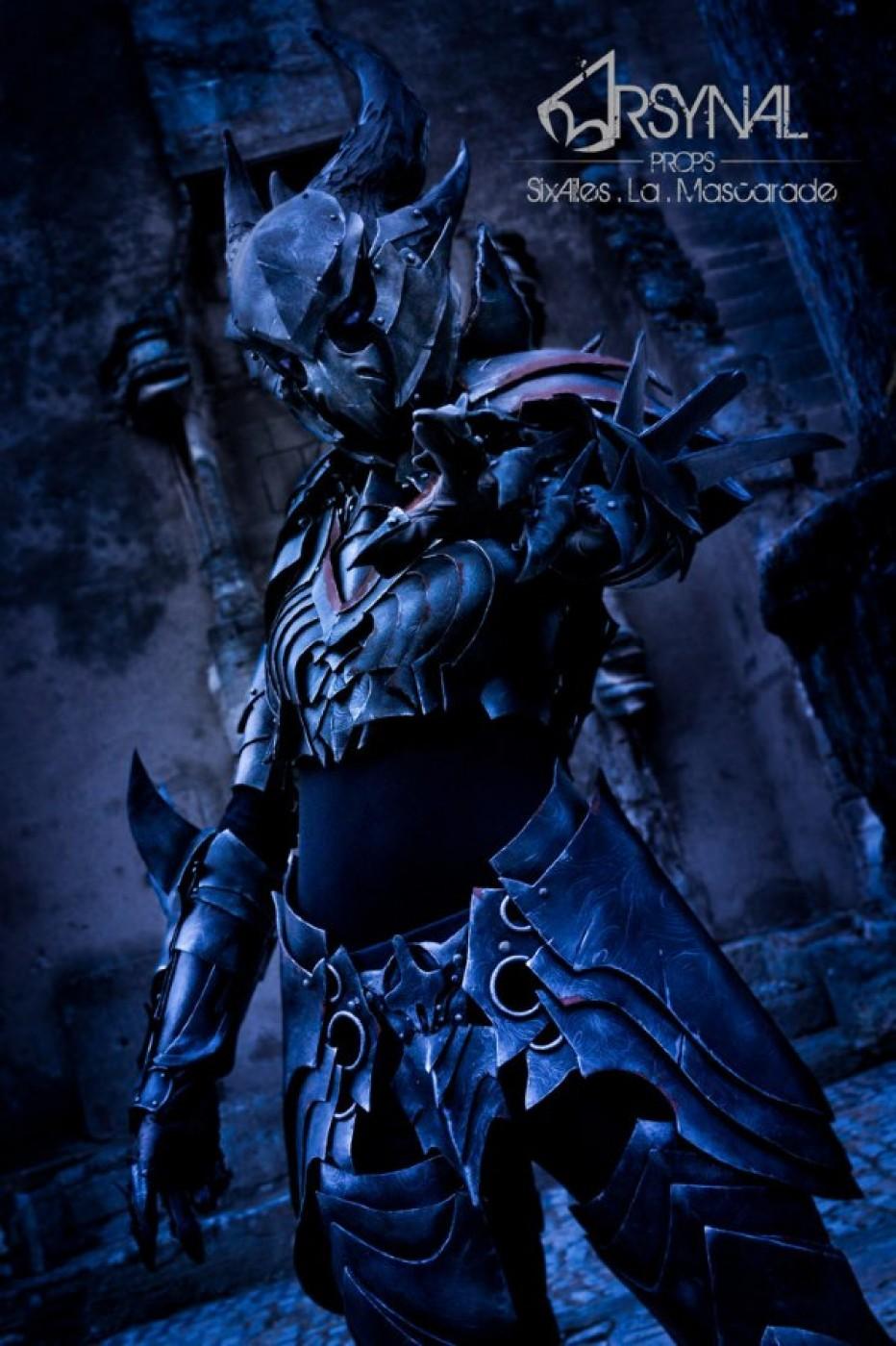 The-Elder-Scrolls-Online-Daedric-Armor-Cosplay-Gamers-Heroes-1.jpg