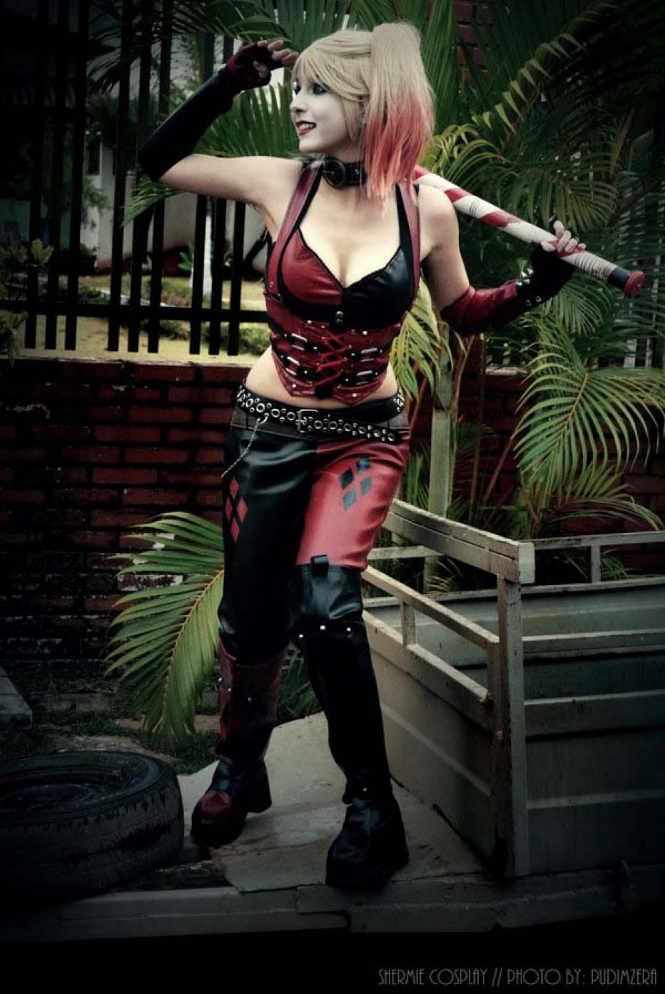 Harley-Quinn-Cosplay-Gamers-Heroes-1.jpg