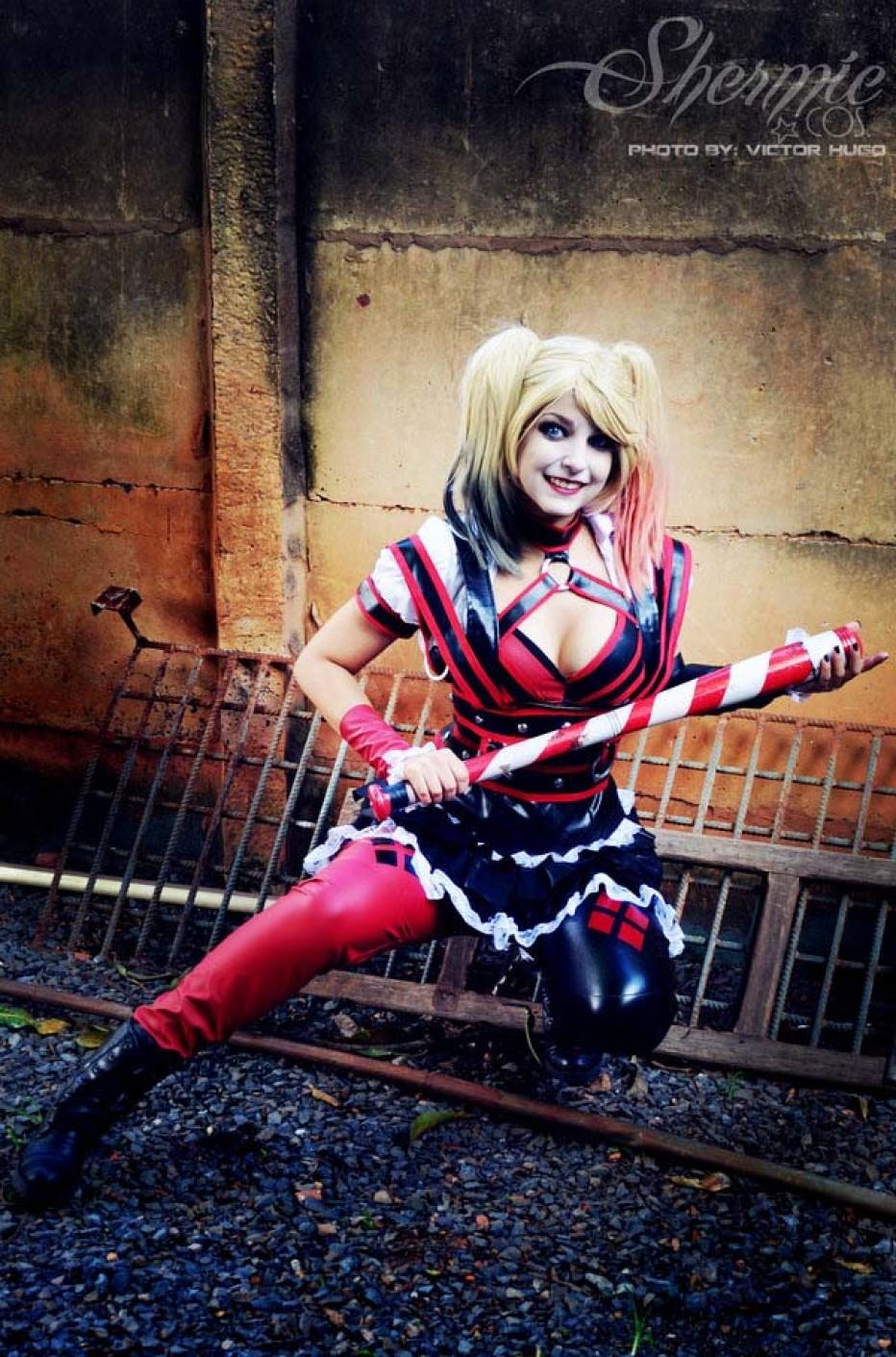 Harley-Quinn-Cosplay-Gamers-Heroes-11.jpg