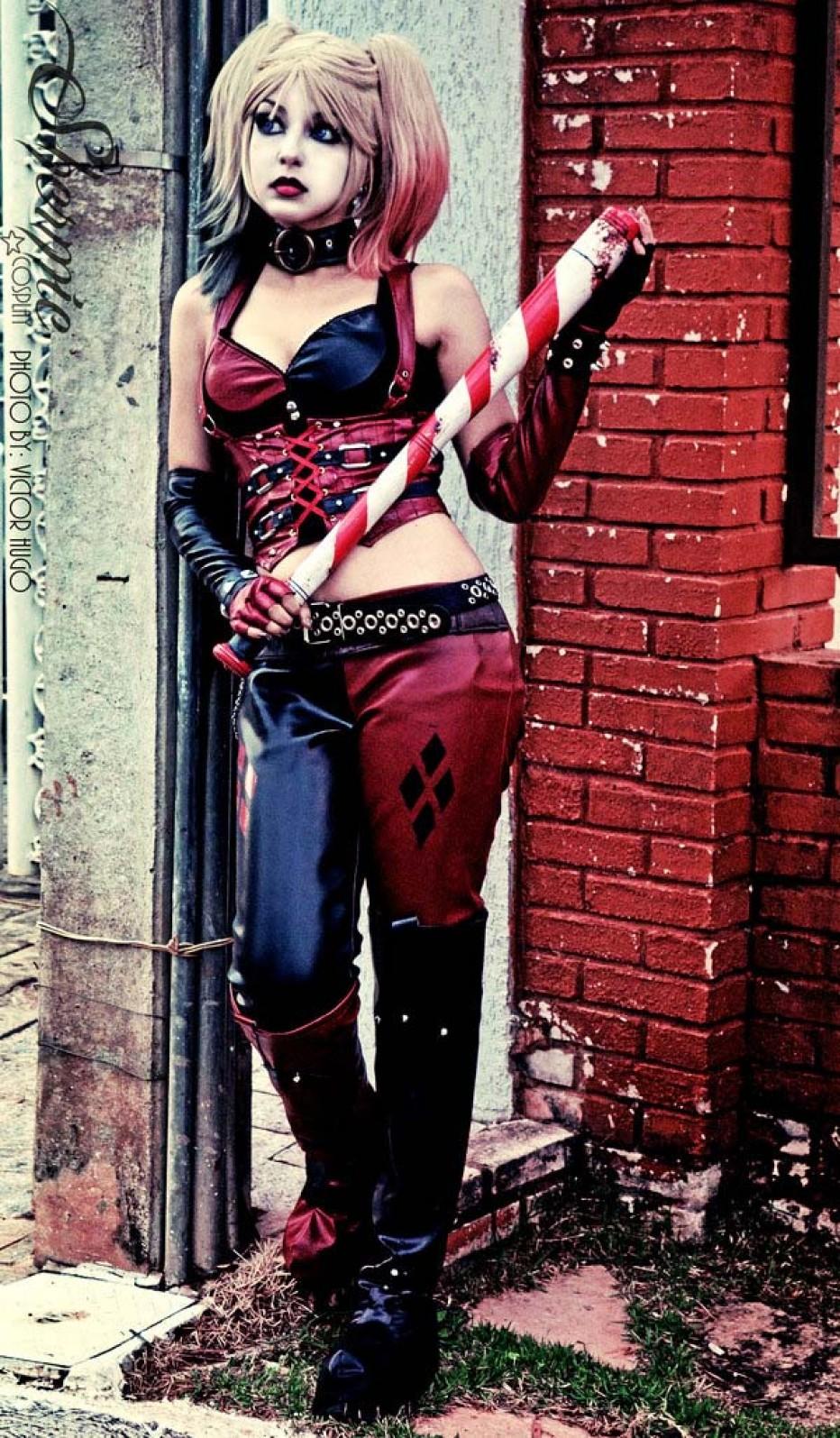 Harley-Quinn-Cosplay-Gamers-Heroes-16.jpg