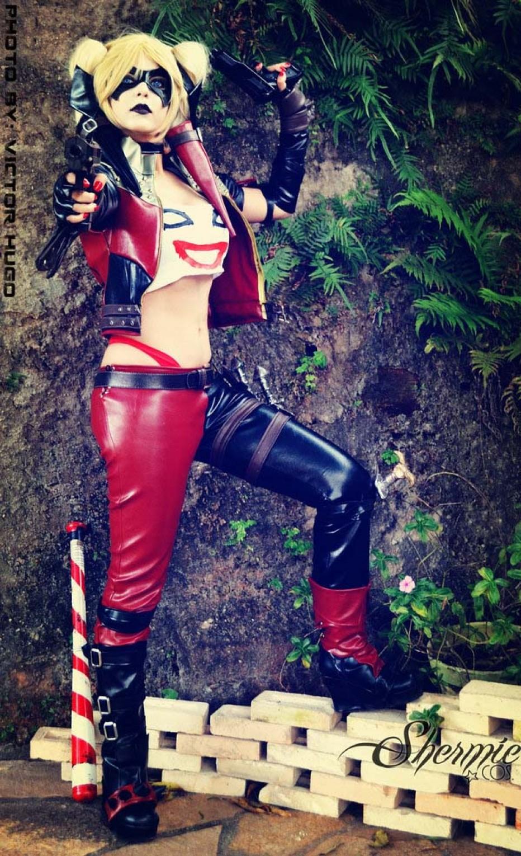 Harley-Quinn-Cosplay-Gamers-Heroes-24.jpg