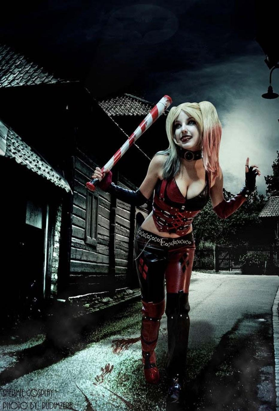 Harley-Quinn-Cosplay-Gamers-Heroes-30.jpg