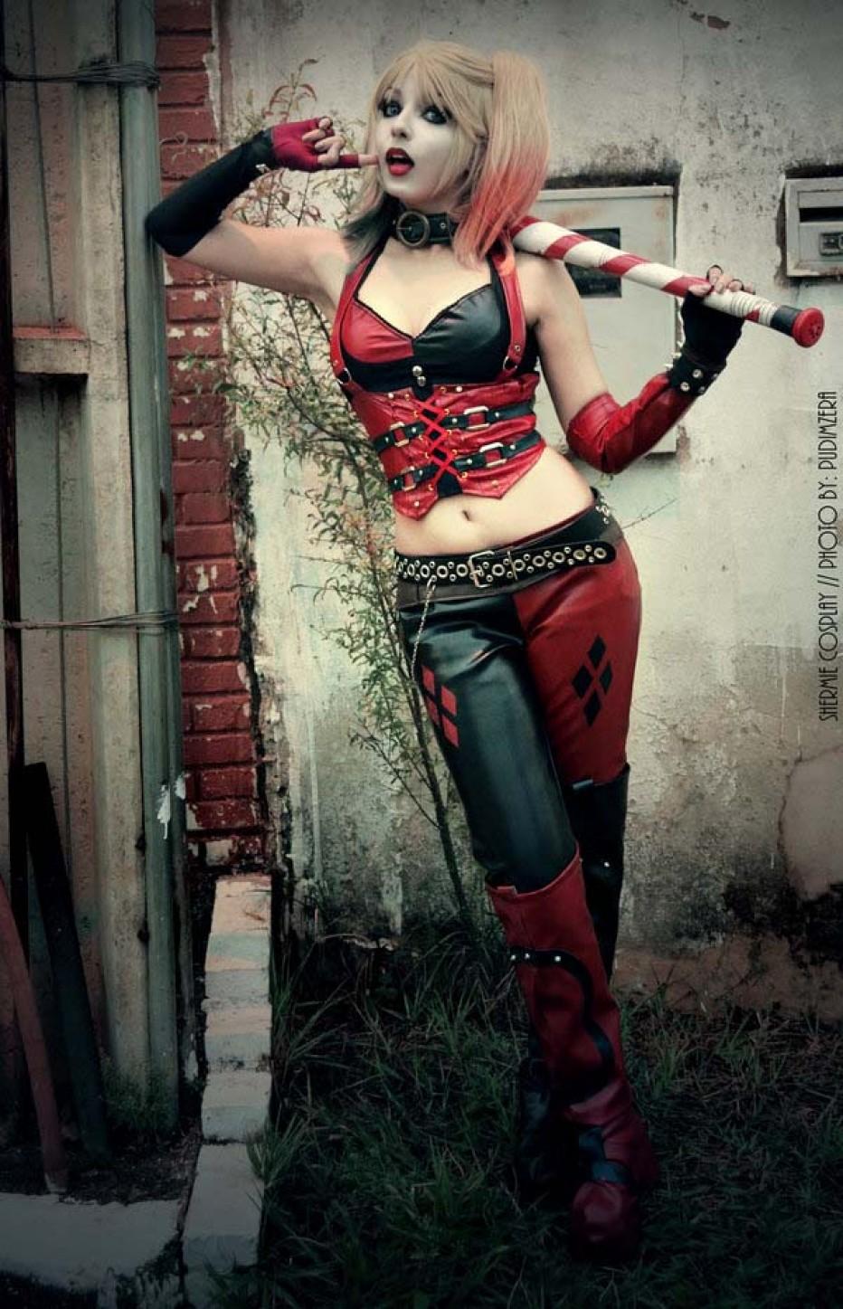 Harley-Quinn-Cosplay-Gamers-Heroes-31.jpg