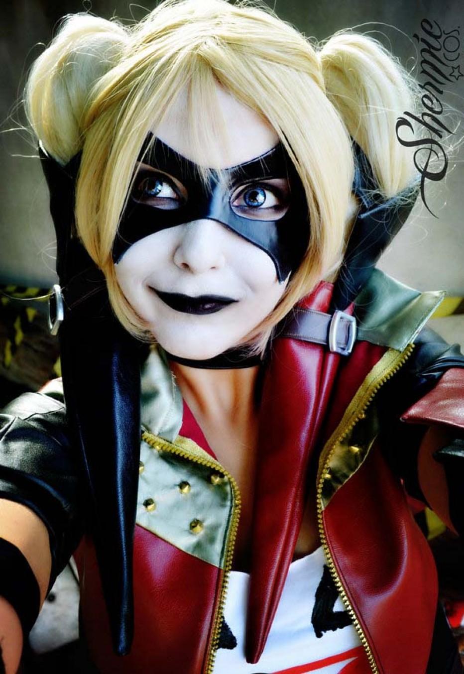 Harley-Quinn-Cosplay-Gamers-Heroes-33.jpg