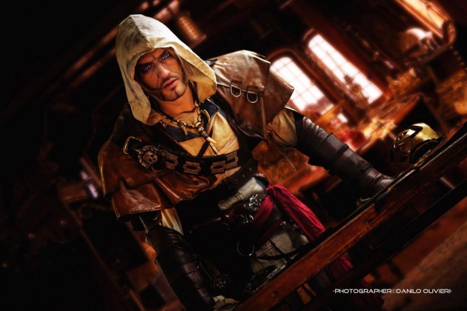 Assassins-Creed-IV-Cosplay-Gamers-Heroes-3.jpg