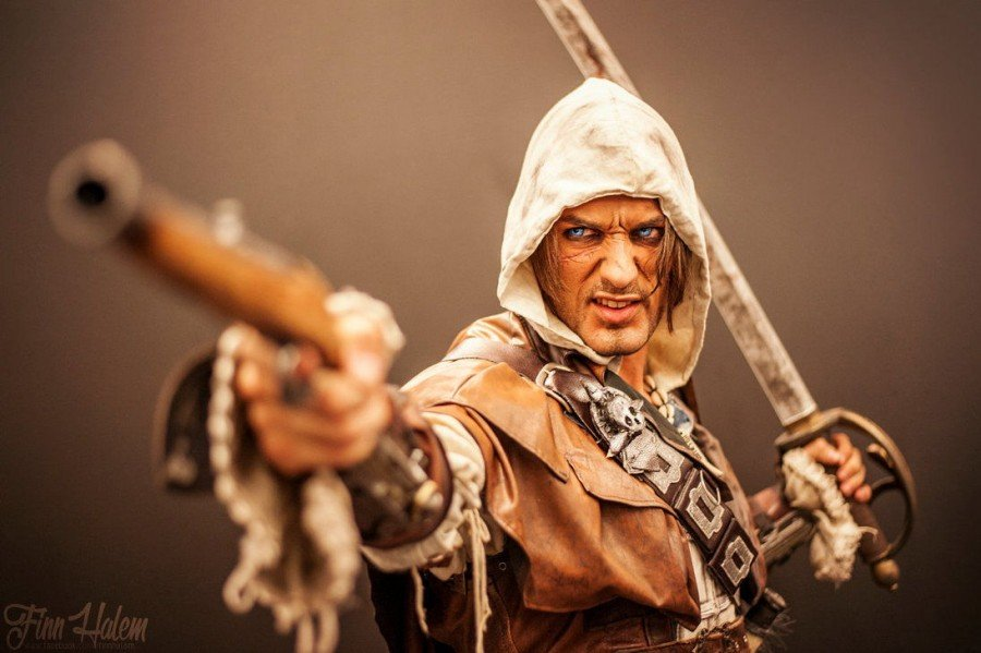 Assassin's Creed IV Cosplay - Gamers Heroes (9)