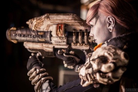 Cosplay Wednesday – Destiny's Female Hunter