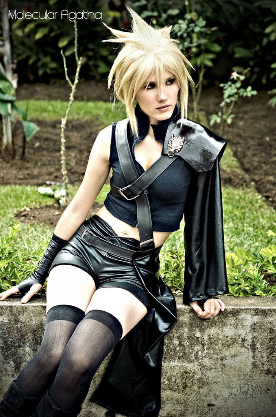 Final-Fantasy-VII-Cosplay-3-Gamers-Heroes.jpg