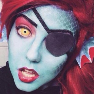 Cosplay Wednesday – Undertale's Undyne