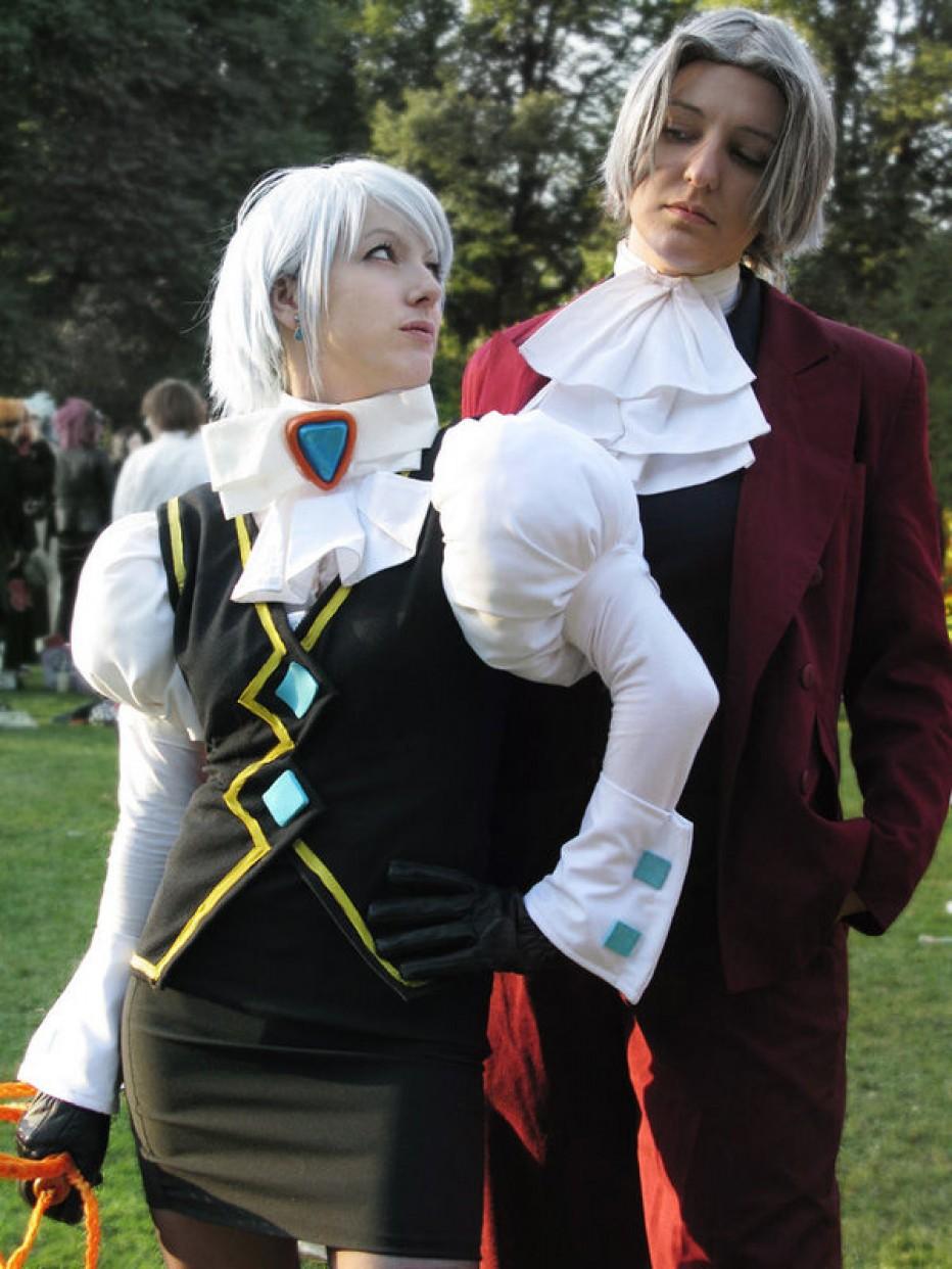 gyakuten_saiban__franziska_x_miles_cosplay_by_rosenbraut-d553ruw.jpg