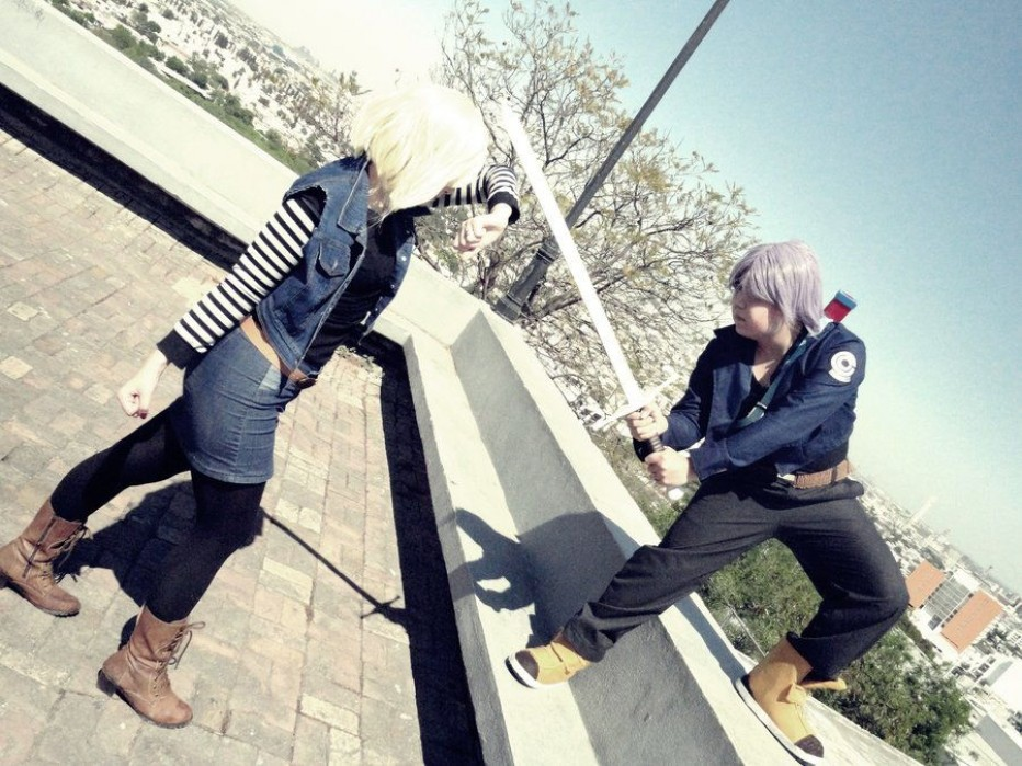 Dragon-Ball-Z-Android-18-Cosplay-18.jpg