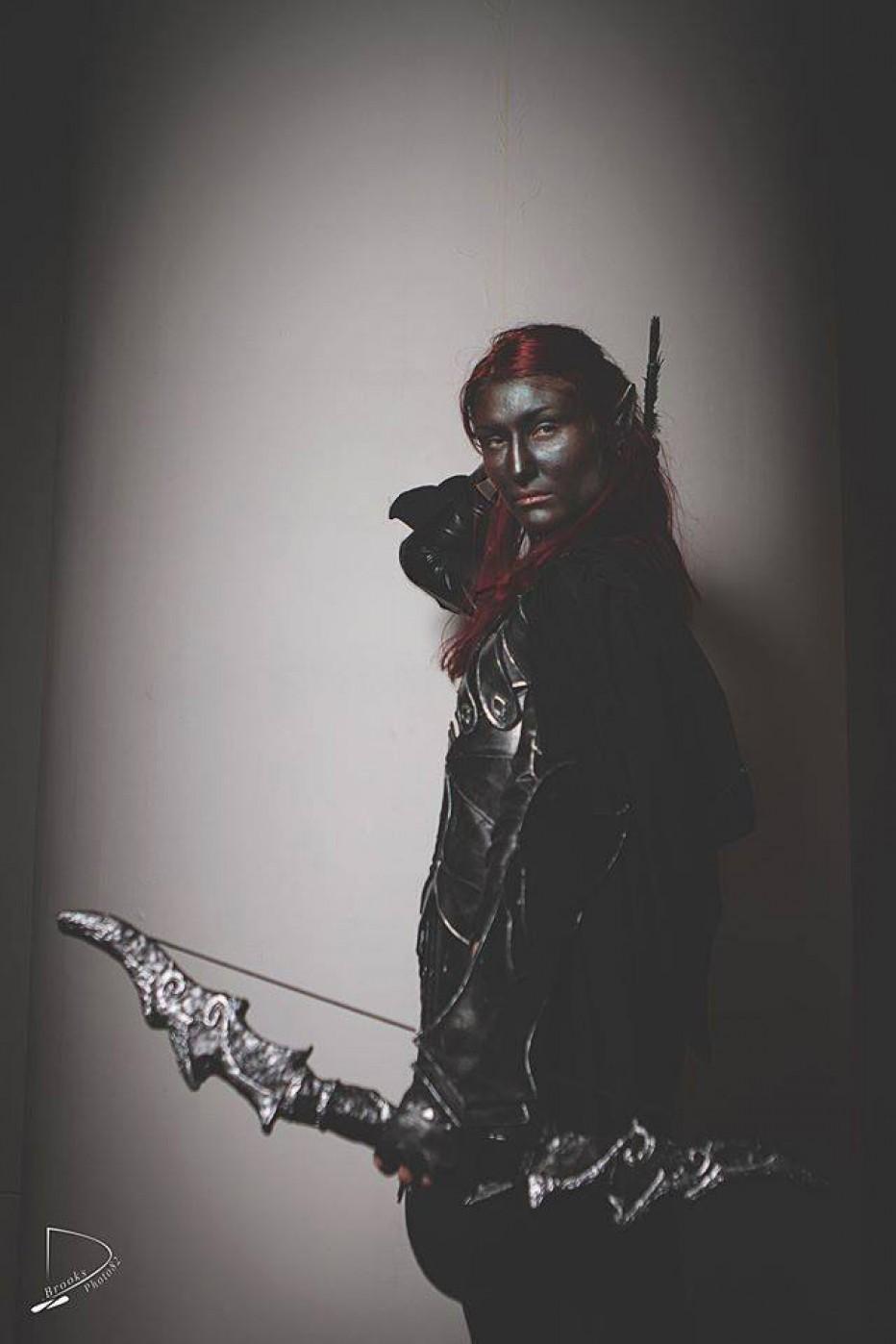 Skyrim-Nightingale-Cosplay-Gamers-Heroes-3.jpg