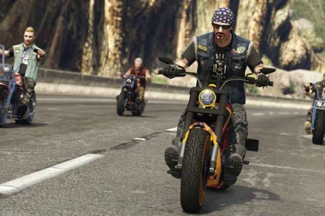 How To Use Melee Weapons On Bikes In GTA V Bikers Update