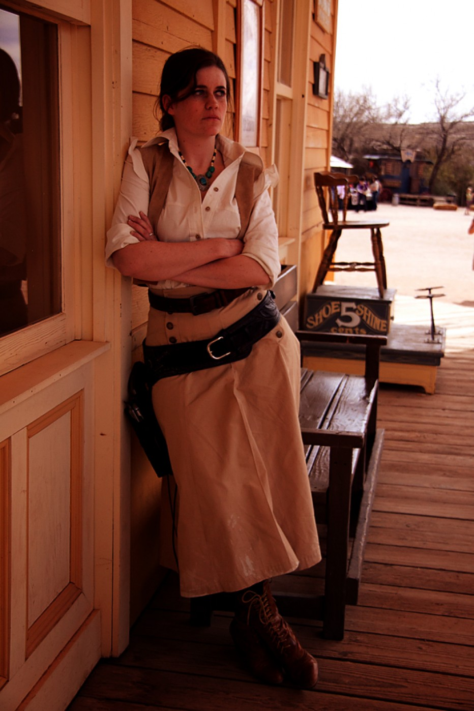 Red-Dead-Redemption-Bonnie-MacFarlane-Cosplay-Gamers-Heroes-1.jpg
