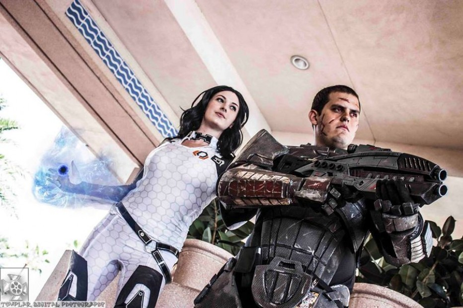Mass-Effect-Miranda-Lawson-Cosplay-Gamers-Heroes-1.jpg