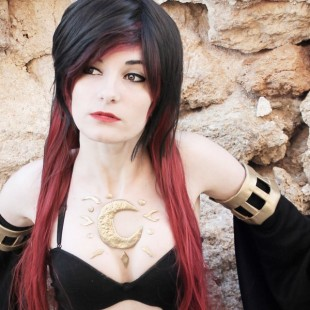 Cosplay Wednesday – Gravity Rush's Raven