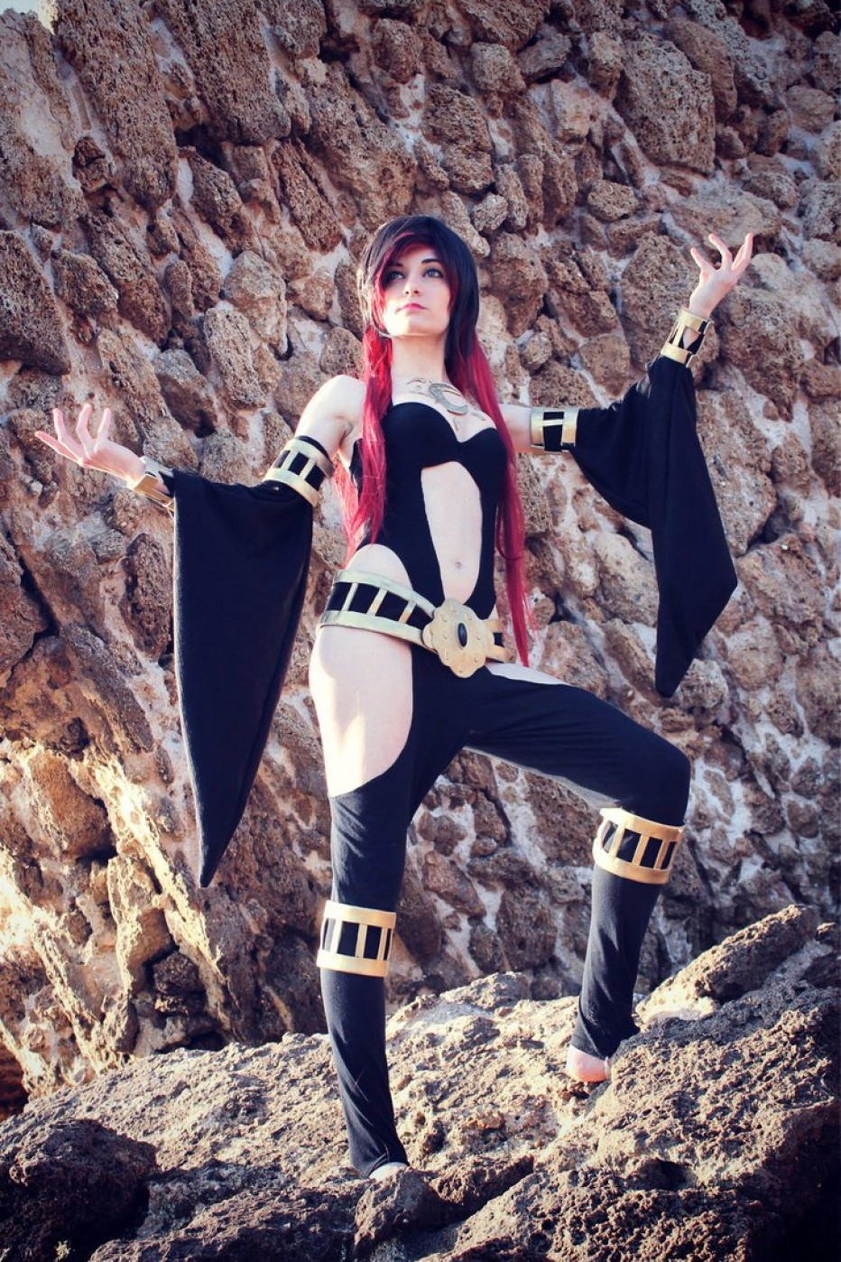 Gravity-Rush-Raven-Cosplay-Gamers-Heroes-2.jpg