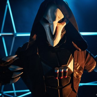 Cosplay Wednesday – Overwatch's Reaper