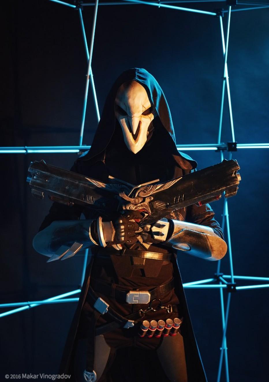 Overwatch-Reaper-Cosplay-Gamers-Heroes-4.jpg