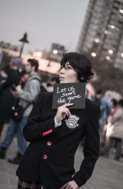 Persona-5-Joker-Cosplay-Gamers-Heroes-1.jpg