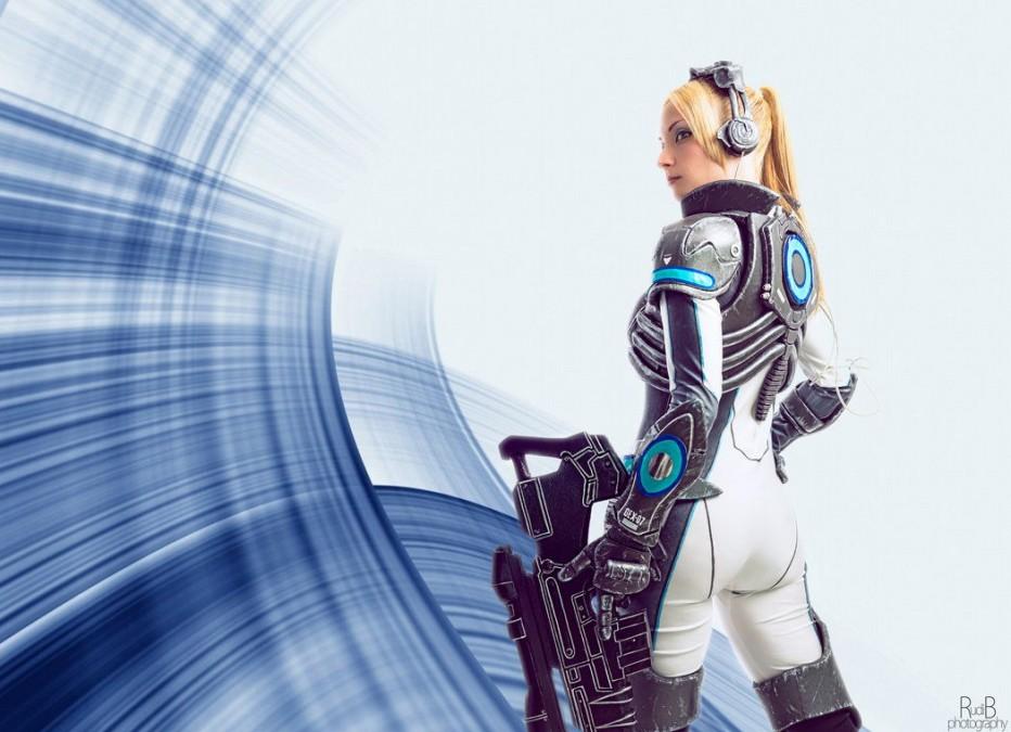 StarCraft-Nova-Terra-Cosplay-Gamers-Heroes-3.jpg