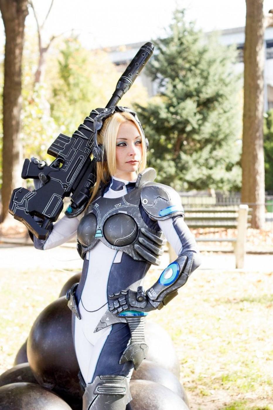 StarCraft-Nova-Terra-Cosplay-Gamers-Heroes-5.jpg