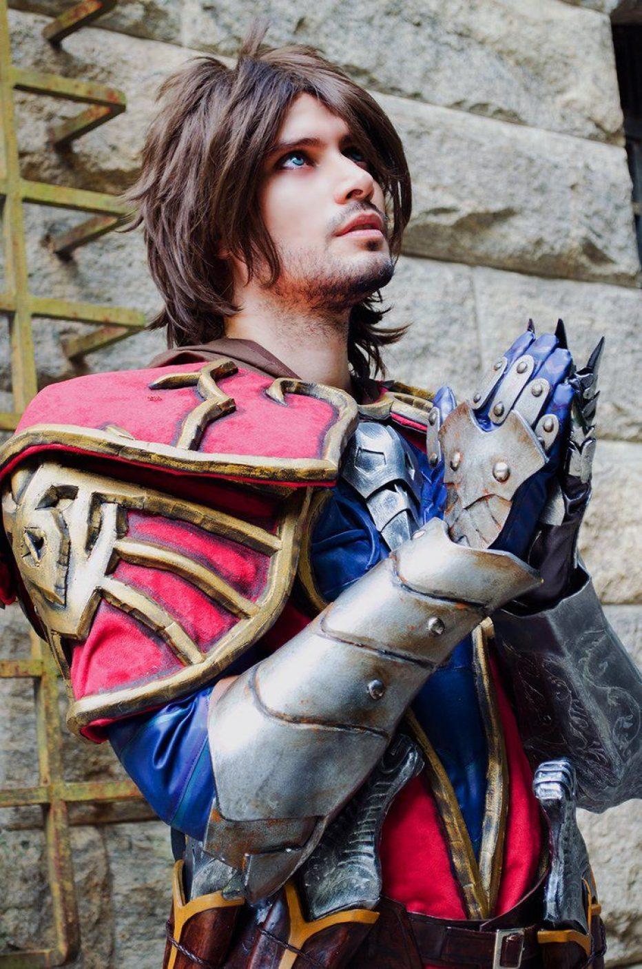 Castlevania-Gabriel-Belmont-Cosplay-Gamers-Heroes-2.jpg