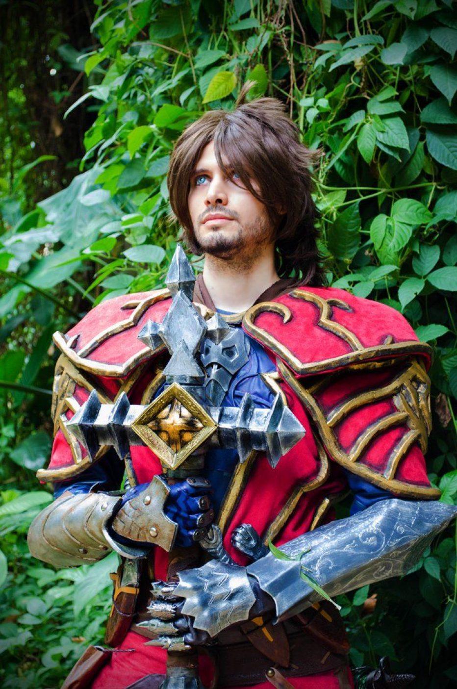Castlevania-Gabriel-Belmont-Cosplay-Gamers-Heroes-3.jpg