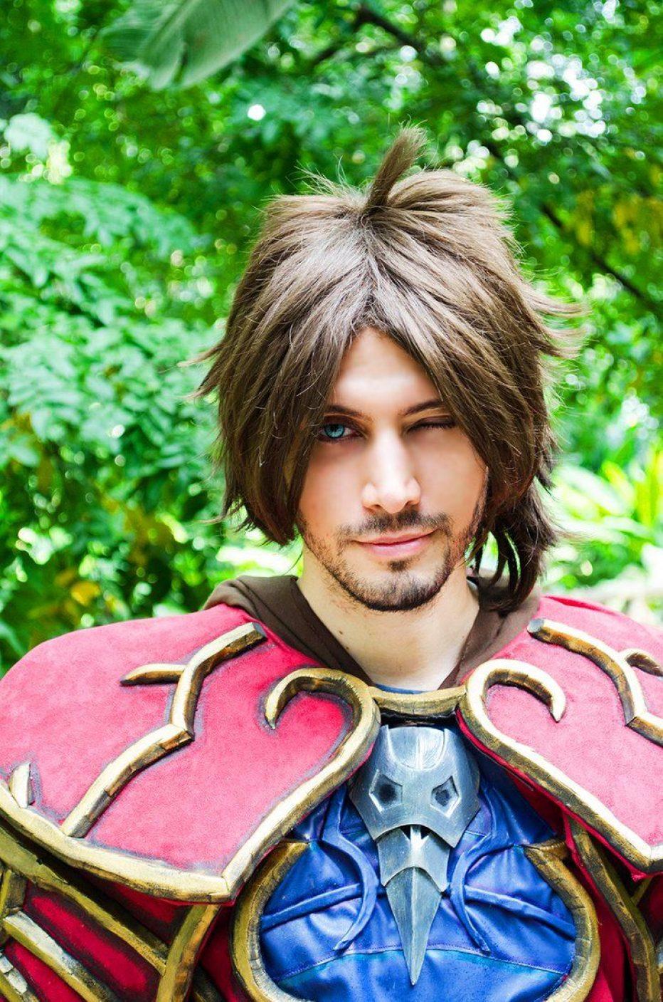 Castlevania-Gabriel-Belmont-Cosplay-Gamers-Heroes-7.jpg