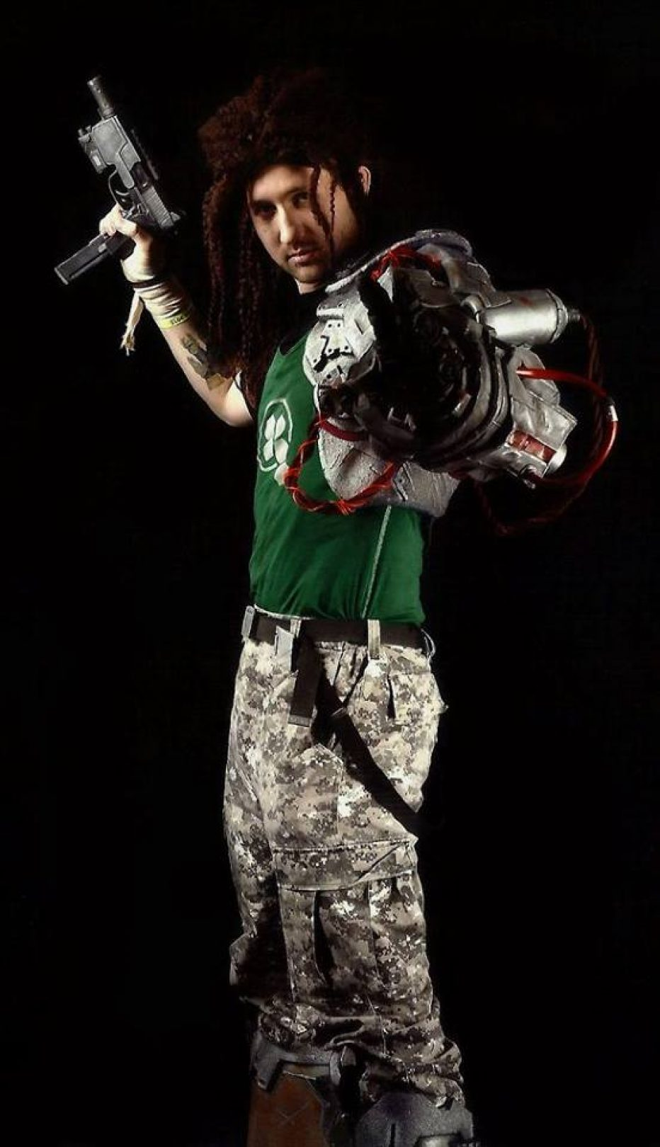 Bionic-Commando-Nathan-Spencer-Cosplay-Gamers-Heroes-5.jpg