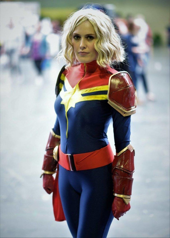 Captain-Marvel-Cosplay-Gamers-Heroes-1.jpg