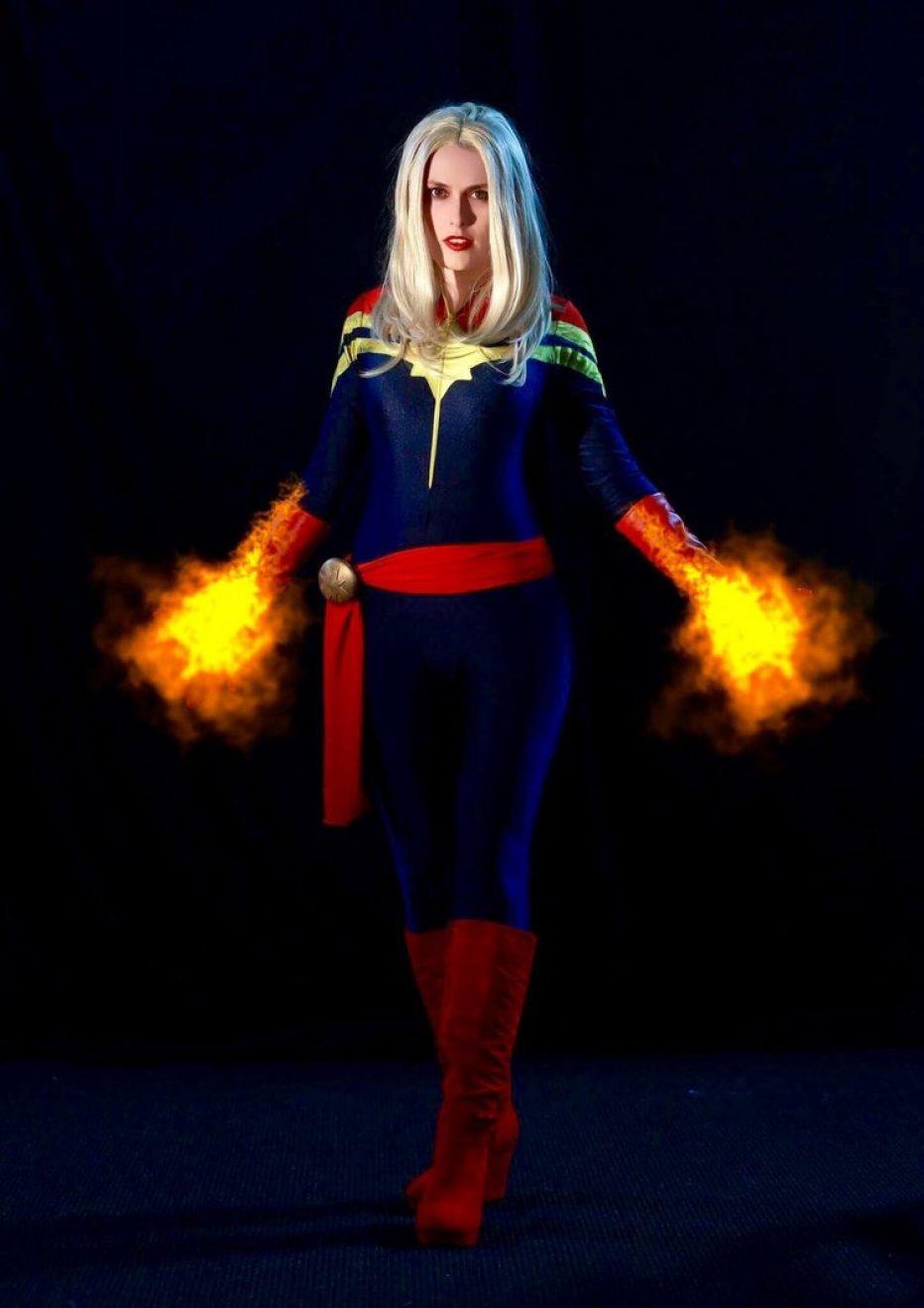 Captain-Marvel-Cosplay-Gamers-Heroes-2.jpg